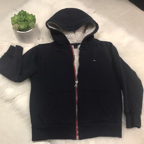 0f9397abb7f48 Tommy Hilfiger warm super soft zip up jacket! M_5a9b5313077b979b6053ce63